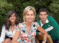28-6-08, England, Wimbledon, Tennis, Micky Lawler, Managing Director of Octagon with two of her aces: Sorana Cristea and Grigor Dimitrov.