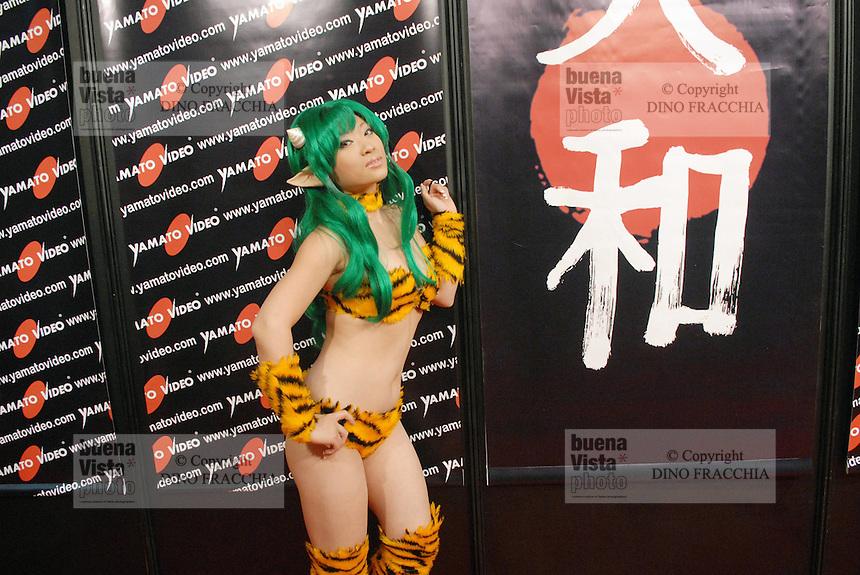 - Milan, Cartoomics, fair of the comic strips, cartoons and videogames; Yaya Han, model specialized in interpreting the characters of Japanese Mangas....-  Milano, Cartoomics, fiera dei fumetti, cartoons e videogiochi; Yaya Han, modella specializzata nell'interpretare i personaggi dei Manga giapponesi