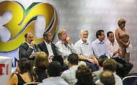 SAO PAULO, SP, 27 FEVEREIRO 2013 - 30 ANOS CUT -  Ex presidentes da CUT durante o evento de comemoração dos 30 anos da Central Única dos Trabalhadores (CUT), realizado no Novotel Jaraguá, no centro de São Paulo, na manhã desta quarta- feira (27). (FOTO: WILLIAM VOLCOV / BRAZIL PHOTO PRESS).