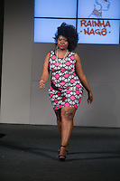SÃO PAULO, SP, 24.07.2016 - MODA-SP - Desfile da marca Rainha Nagô durante o 14 Fashion Weekend Plus Size que acontece neste domingo, 24 no Centro de Convenções Frei Caneca. (Foto: Ciça Neder/Brazil Photo Press)