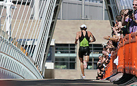 29 JUL 2007 - SALFORD, UK - Tim Don battles in vain to hold onto the lead - Salford ITU World Cup Triathlon. (PHOTO (C) NIGEL FARROW)