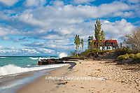 64795-00813 Point Betsie Lighthouse on Lake Michigan, Benzie County, Frankfort, MI