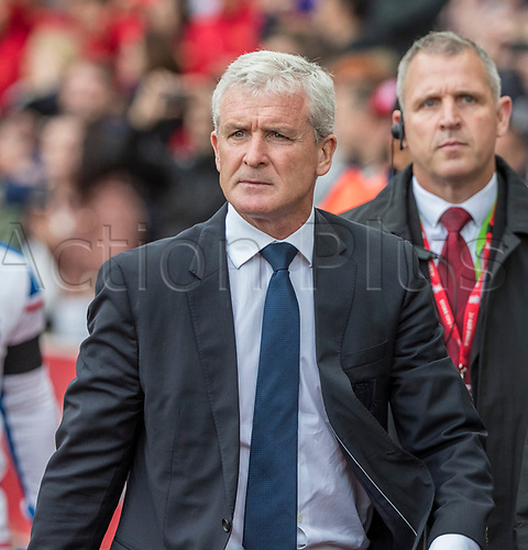 19th August 2017, bet365 Stadium, Stoke-on-Trent, England; EPL Premier League football, Stoke City versus Arsenal; Stoke City manager Mark Hughes