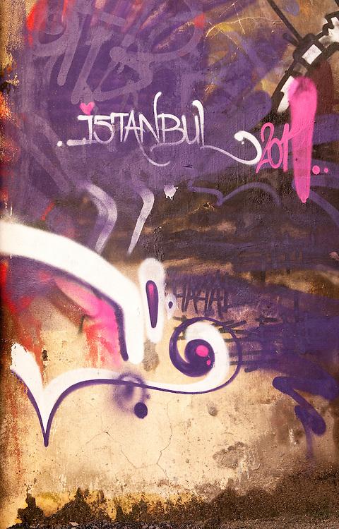 Love Istanbul 02 - Graffiti in the backstreets of Beyoglu, Istanbul, Turkey