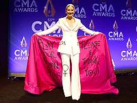 NOV 13 53rd Annual CMA Awards - Press Room