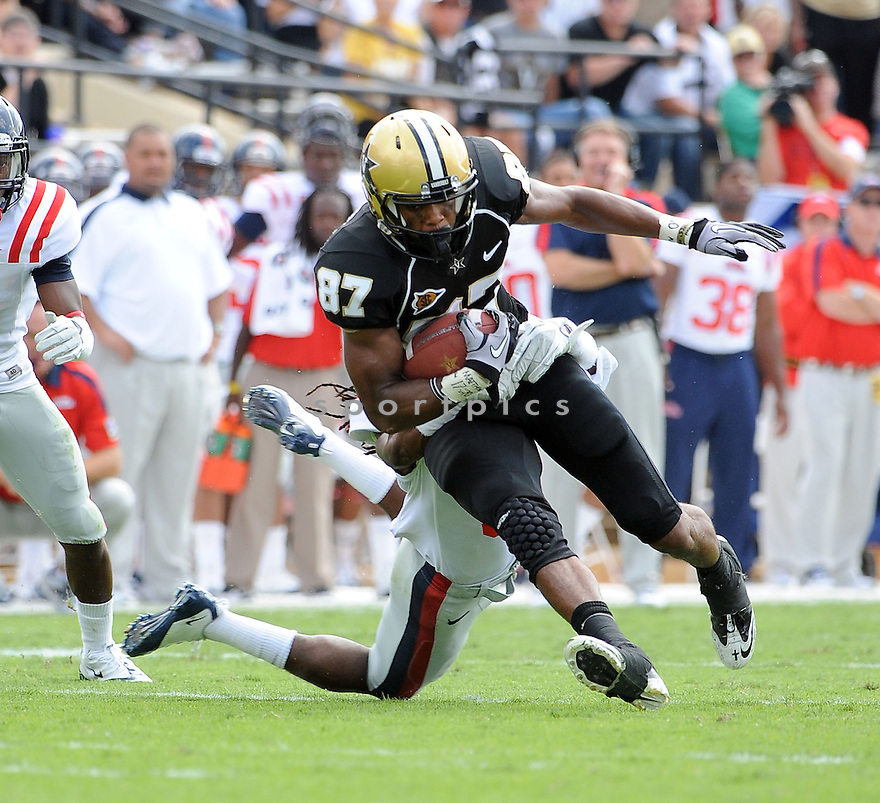 JORDAN MATTHEWS, of the Vanderbilt Commodores, in action during the Vanderbilt game against the Ole Miss Rebels on September 17, 2011 at Vanderbilt Stadium in Nashville, TN. Vanderbilt beat Ole Miss 30-7.