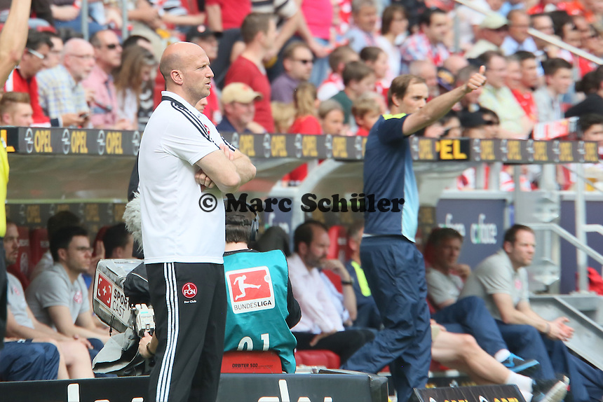 Trainer Roger Prinzen (Nürnberg) sauer, Trainer Thomas Tuchel (Mainz) lobt seine Mannschaft - 1. FSV Mainz 05 vs. 1. FC Nürnberg, Coface Arena,