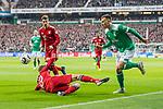 01.12.2018, Weserstadion, Bremen, GER, 1.FBL, Werder Bremen vs FC Bayern Muenchen<br /> <br /> DFL REGULATIONS PROHIBIT ANY USE OF PHOTOGRAPHS AS IMAGE SEQUENCES AND/OR QUASI-VIDEO.<br /> <br /> im Bild / picture shows<br /> Thomas M&uuml;ller / Mueller (FC Bayern Muenchen #25) im Duell / im Zweikampf mit Maximilian Eggestein (Werder Bremen #35), Leon Goretzka (FC Bayern Muenchen #18), <br /> <br /> Foto &copy; nordphoto / Ewert