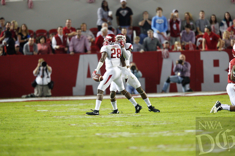 HAWGS ILLUSTRATED JASON IVESTER<br /> --10/10/15-- Arkansas @ Alabama football