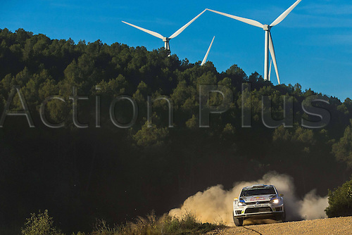 24.10.2014. Catalonia, Spain. WRC Rally of Spain. Andreas Mikkelsen (NOR) and Ola Floene (NOR) - Volkswagen Polo WRC Motorsport