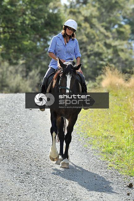 2015 MPC Horse Trek, 12th March 2015, Lake Station, St Arnaud, Nelson Lakes, New Zealand, Photos: Barry Whitnall/shuttersport