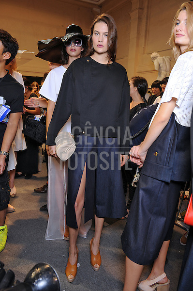 Paris, Franca&sbquo; 28/09/2013 - Desfile de Hussein Chalayan durante a Semana de moda de Paris  -  Verao 2014. <br /> Foto: FOTOSITE