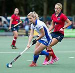 UTRECHT -   Sophie Bray (Kampong)  met rechts Joelle Ketting (Laren) tijdens de hockey hoofdklasse competitiewedstrijd dames:  Kampong-Laren (2-2). COPYRIGHT KOEN SUYK
