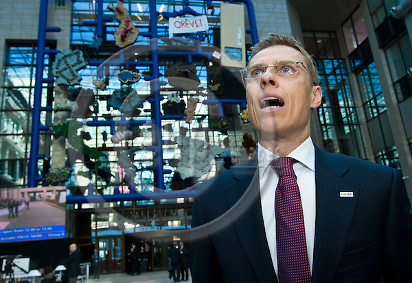 BRUSSELS - BELGIUM - 19 MARCH 2009 -- European Summit under the Presidency of the Czech Republic. --  Alexander STUBB, the Foreign Minister for Finland giving a TV interview for Bloomberg News. -- PHOTO: Juha ROININEN / EUP-IMAGES