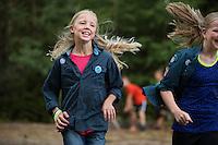 20140805 Vilda-l&auml;ger p&aring; Kragen&auml;s. Foto f&ouml;r Scoutshop.se<br /> scout, scouter, springa, dag, gr&auml;s, skog, tr&auml;d
