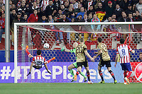 Atletico de Madrid´s Diego Costa scores a goal during 16th Champions League soccer match at Vicente Calderon stadium in Madrid, Spain. January 06, 2014. (ALTERPHOTOS/Victor Blanco)