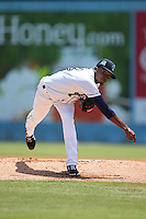 Asheville Tourists starting pitcher Carlos Polanco (18) in action against the Rome Braves at McCormick Field on July 26, 2015 in Asheville, North Carolina.  The Tourists defeated the Braves 16-4.  (Brian Westerholt/Four Seam Images)
