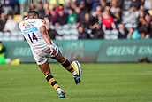 10th September 2017, Sixways Stadium, Worcester, England; Aviva Premiership Rugby, Worcester Warriors versus Wasps; Marcus Watson of Wasps clears the ball down field