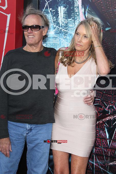 Peter Fonda at the premiere of Columbia Pictures' 'The Amazing Spider-Man' at the Regency Village Theatre on June 28, 2012 in Westwood, California. &copy; mpi22/MediaPunch Inc. *NORTEPHOTO.COM*<br /> **CREDITO*OBLIGATORIO** *No*Venta*A*Terceros* *No*Sale*So*third* *No*Se *Permite*Hacer*Archivo**