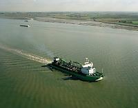 Oktober 1999. Lange Wapper dredger van DEME.