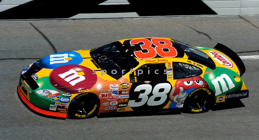 Elliott Sadler during the 2005 Daytona 500...David Durochik / SportPics