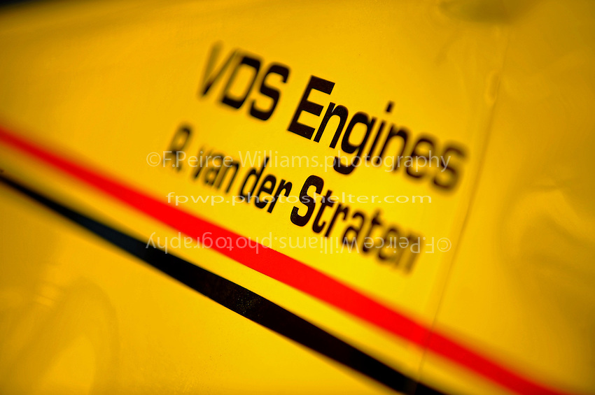 Detail: graphics ? #4 ? Pennzoil Special ? ex-John Andretti Lola (rear engine era)