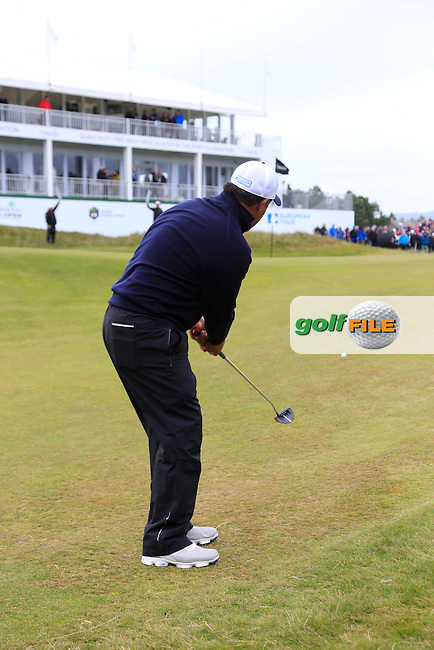 Ricardo GONZALEZ (ARG) putts onto the 18th green during Saturday's Round 3 of the 2015 Dubai Duty Free Irish Open, Royal County Down Golf Club, Newcastle Co Down, Northern Ireland 5/30/2015<br /> Picture Eoin Clarke, www.golffile.ie