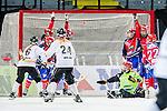 Solna 2014-03-15 Bandy SM-final Damer Kareby IS - AIK  :  <br /> AIK:s Anna Widing g&ouml;r 3-1 p&aring; ett skott via ribban<br /> (Foto: Kenta J&ouml;nsson) Nyckelord:  SM SM-final final dam damer Kareby AIK jubel gl&auml;dje lycka glad happy