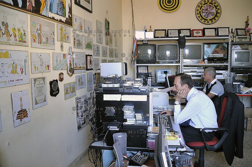 Partinico: the anti-mafia journalist Pino Maniaci in TeleJato tv office  in Sicily. <br /> Partinico: il giornalista antimafia Pino Maniaci, direttore della emittente televisiva Telejato negli uffici dell'emittente.