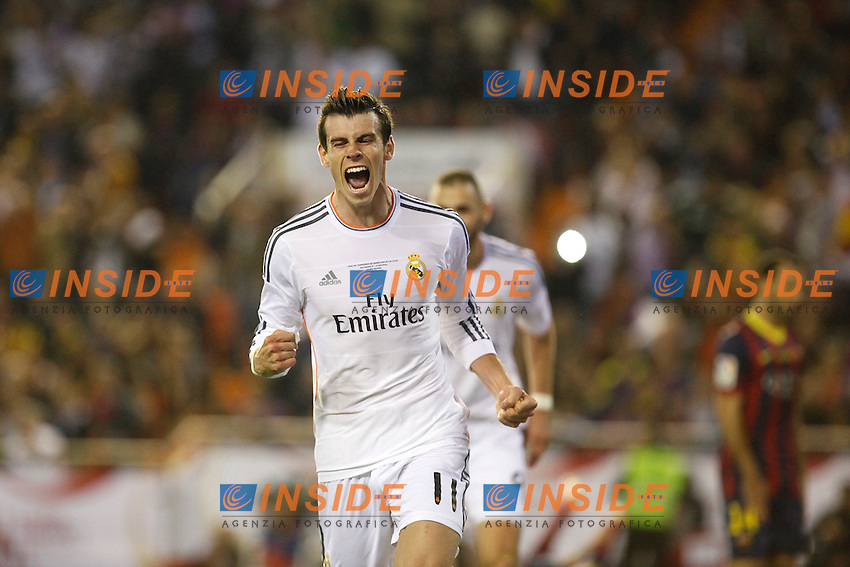 Real Madrid&Acirc;&acute;s Gareth Bale celebrates a goal during the Spanish Copa del Rey `King&Acirc;&acute;s Cup&Acirc;&acute; final soccer match between Real Madrid and F.C. Barcelona at Mestalla stadium, in Valencia, Spain. April 16, 2014. (ALTERPHOTOS/Victor Blanco) <br /> Finale Coppa del Re<br /> Real Madrid Barcellona <br /> Foto Insidefoto