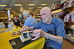 Don McDonald - Barnes & Noble book signing - Redwood City