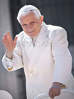 Pope Benedict XVI during his weekly general audience in St. Peter square at the Vatican, Wednesday. 14  march, 2012