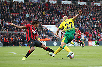 Nathan Aké of Bournemouth challenges Teemu Pukki of Norwich City for the ball during the Premier League match between Bournemouth and Norwich City at Goldsands Stadium on October 19th 2019 in Bournemouth, England. (Photo by Mick Kearns/phcimages.com)<br /> Foto PHC/Insidefoto <br /> ITALY ONLY