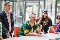 The Minneapolis Star Tribune hosted an event for fans of the Vikings-Packers series to listen to the beat reporters and columnists who have covered the teams for their respective newspapers. The event was held at the Star Tribune Headquarters in downtown Minneapolis. Event Photography by Commercial and Corporate Event Photographer Justin Cox