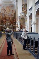 Barocke Josephskirche des Klosters in Kreszow (Gr&uuml;ssau), Woiwodschaft Niederschlesien (Wojew&oacute;dztwo dolnośląskie), Polen, Europa<br /> Baroque church St. Joseph in Kreszow, Poland, Europe