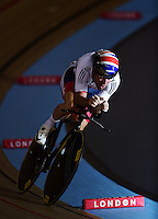 Picture by Alex Broadway/SWpix.com - 04/03/2016 - Cycling - 2016 UCI Track Cycling World Championships, Day 3 - Lee Valley VeloPark, London, England - Mark Cavendish of Great Britain competes in the Men's Omnium Individual Pursuit.