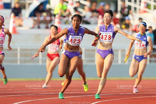 Iyoba Edber, JULY 29, 2015 - Athletics : 2015 All-Japan Inter High School Championships, Women's 4100mR at Kimiidera Athletic Stadium, Wakayama, Japan. (Photo by YUTAKA/AFLO SPORT)