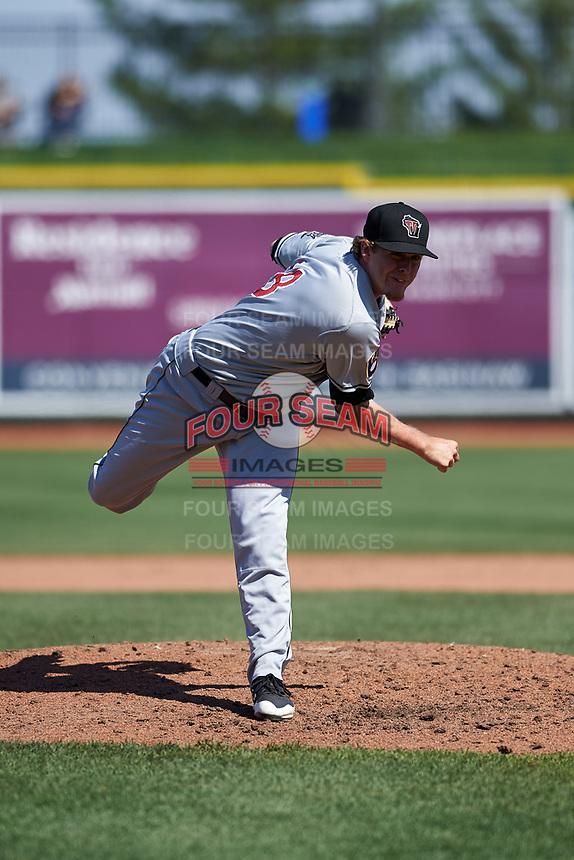 Wisconsin Timber Rattlers relief pitcher Chad Whitmer (28) during a Midwest League game against the Great Lakes Loons at Dow Diamond on May 4, 2019 in Midland, Michigan. Great Lakes defeated Wisconsin 5-1. (Zachary Lucy/Four Seam Images)
