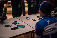 Fabio Jakobsen (NED/Quick-Step Floors) wins the Scheldeprijs as a neo-pro and thus needs to talk into other peoples phones afterward... #winnerinterview<br /> <br /> 106th Scheldeprijs 2018 (1.HC)<br /> 1 Day Race: Terneuzen (NED) - Schoten (BEL)(200km)