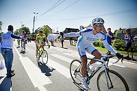 Chris Williams (AUS/NovoNordisk) snatching his musette<br /> <br /> Brabantse Pijl 2014