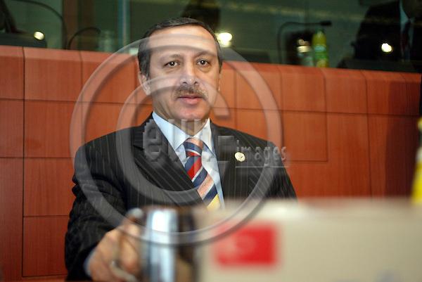 Belgium---Brussels---EU-Summit---italian presidency---Tour de Table/Round Table  16.10.2003.Recep Tayyip ERDOGAN, Prime Minister of Turkey               .Portrait  ;              ..PHOTO:  / ANNA-MARIA ROMANELLI / EUP-IMAGES
