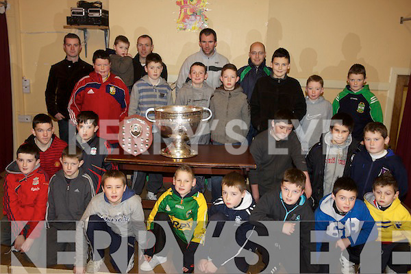 Owen to finish cap.MEDALS: Kerry footballers Mike McCarthy and Seamus Moynihan were on hand to present medals to the Listry U-12 team on Saturday evening.