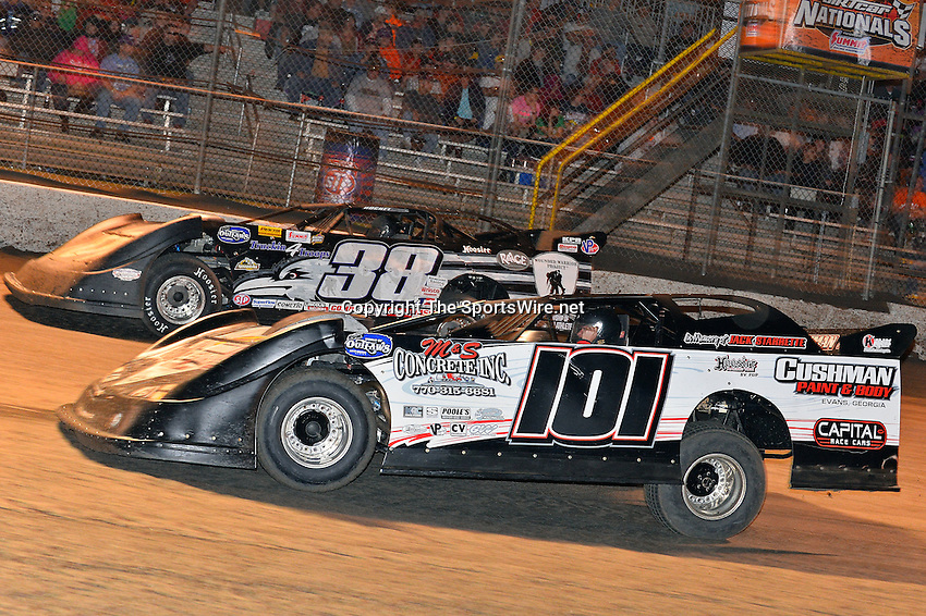 Feb 20, 2014; 9:26:25 PM;  Barberville, FL, USA;  World of Outlaws Late Model Series for 43rd Annual DIRTcar Nationals presented by Summit Racing Equipment at Volusia Speedway Park.  Mandatory Credit: (thesportswire.net)