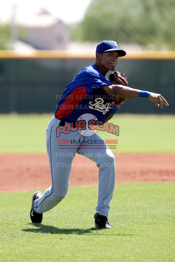 Luis Sardinas - Texas Rangers 2009 Instructional League.Photo by:  Bill Mitchell/Four Seam Images..