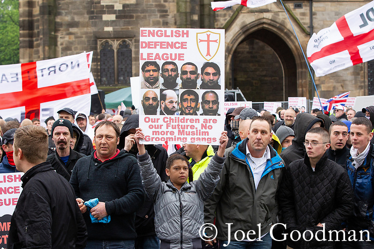 © Joel Goodman - 07973 332324 . 09/06/2012. Rochdale , UK. The English Defence League ( EDL ) hold a march and rally in Rochdale Town Centre . Photo credit : Joel Goodman