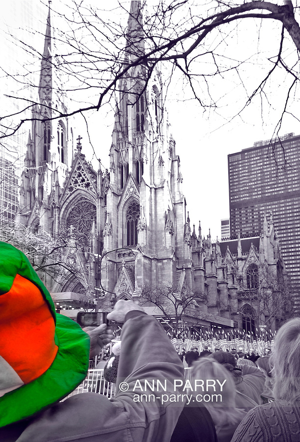 MARCH 17, 2011 - MANHATTAN: St. Patrick's Day Parade in front of St. Patrick's Cathedral