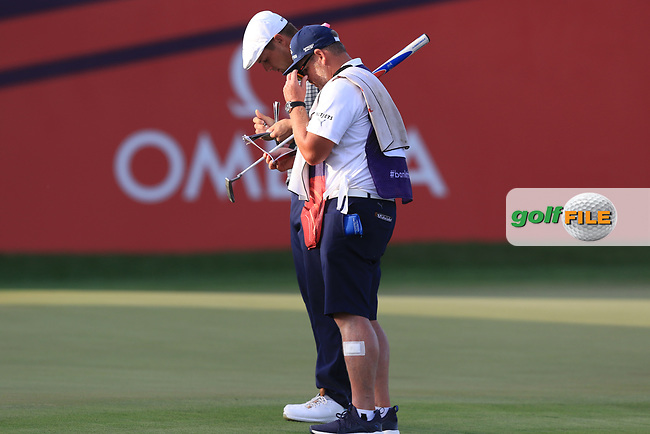 Bryson Dechambeau (USA) on the 18th green during Round 4 of the Omega Dubai Desert Classic, Emirates Golf Club, Dubai,  United Arab Emirates. 27/01/2019<br /> Picture: Golffile | Thos Caffrey<br /> <br /> <br /> All photo usage must carry mandatory copyright credit (© Golffile | Thos Caffrey)