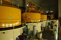 La centrale di Montorio, entrata in servizio nel 1954, rappresenta il terzo salto di utilizzazione delle acque del fiume Vomano ed è situata in caverna dove sono installati 3 gruppi di generazione turbina Francis-alternatore identici. .The central Montorio, which came into service in 1954, represents the third step use of the waters of the river Vomano and is located in the cave where they are installed 3 groups generating turbine-alternator Francis identical..