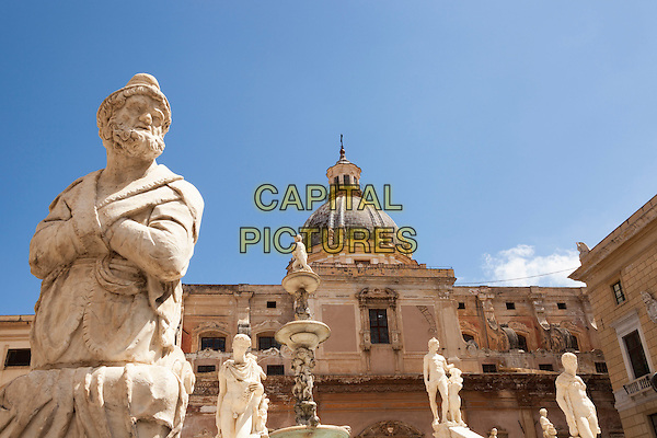 Fontana Pretoria statues and Santa Caterina Church, Piazza Pretoria, Palermo, Sicily, Italy<br /> August 2015<br /> CAP/MEL<br /> &copy;MEL/Capital Pictures