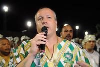SAO PAULO, SP, 25 DE FEVEREIRO 2012 - DESFILE DAS CAMPEÃS DO CARNAVAL SP - MANCHA VERDE: Paulo Serdan, presidente da Mancha Verde durante apresentação da escola de samba Mancha Verde no desfile das Campeãs do Carnaval 2012 de São Paulo, no Sambódromo do Anhembi, na zona norte da cidade, neste sábado.(FOTO: LEVI BIANCO - BRAZIL PHOTO PRESS).